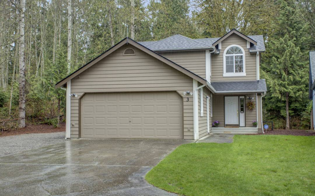 Gorgeous, Remodeled, 3 bedroom, 2.5 bath Home in Lake Stevens