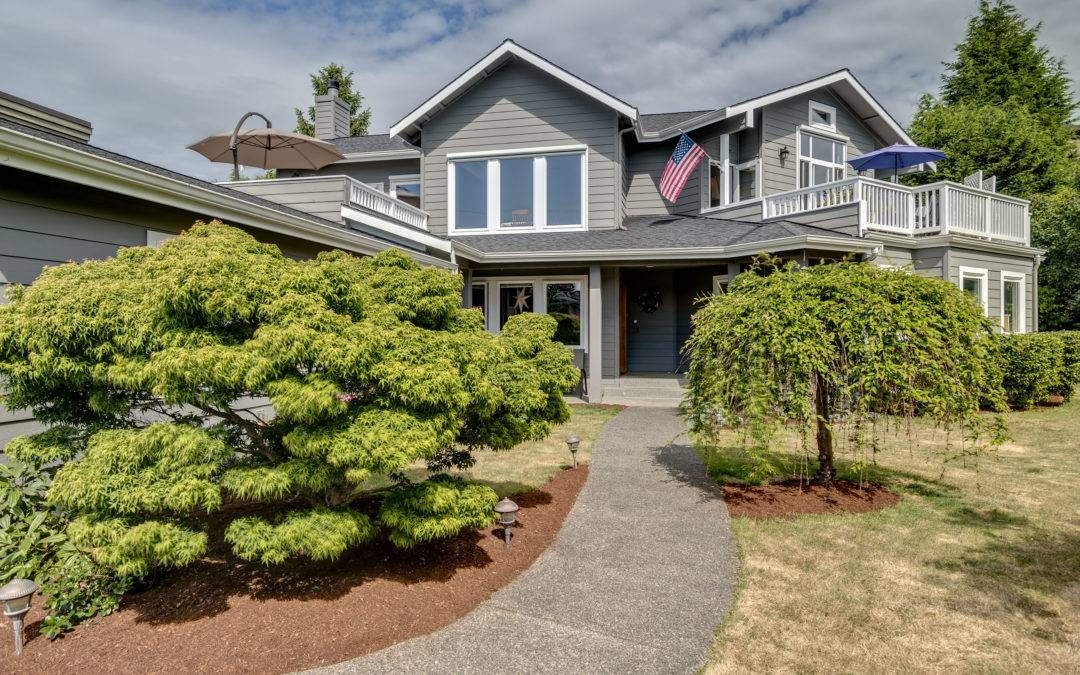 Custom Built Home With Lake Washington Views Downtown Kirkland