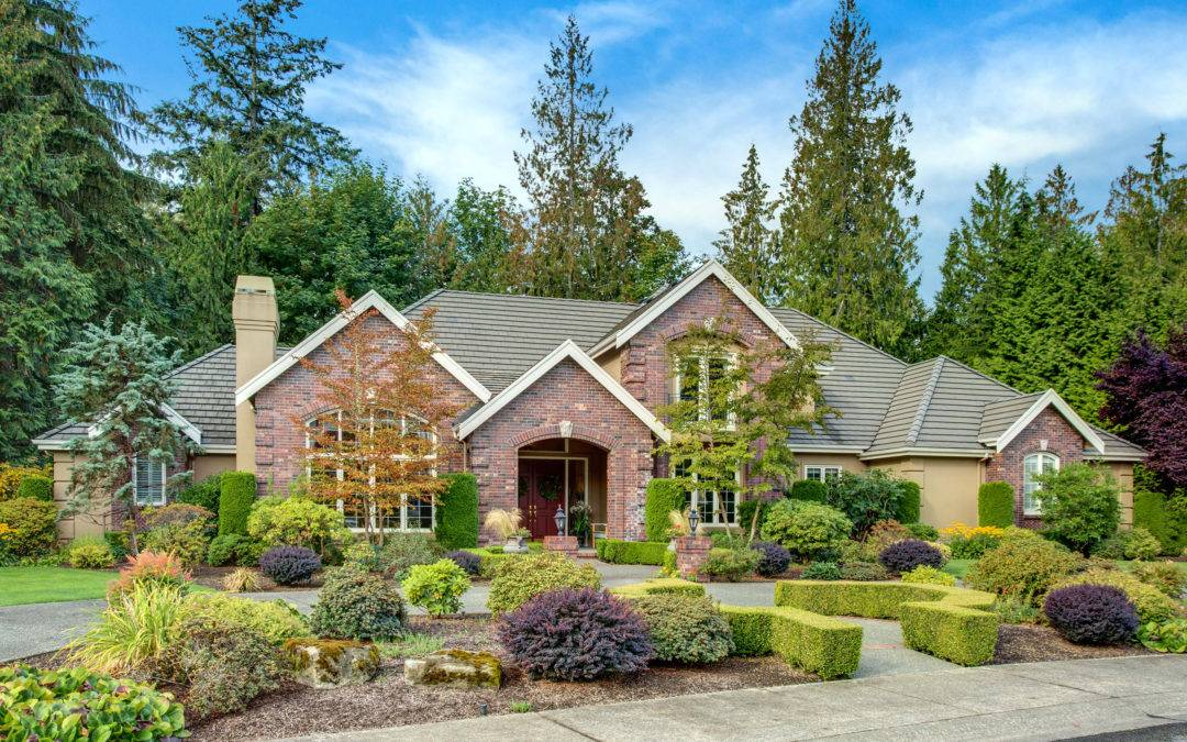 Private, Estate Living In Windsor Greens, Sammamish