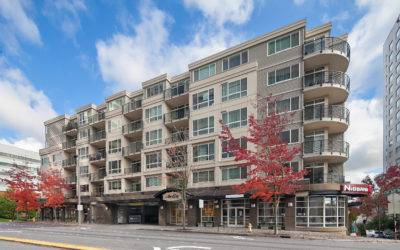 Beautiful 1 Bedroom + Den Abella Condo Downtown Bellevue