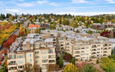Fantastic 2 Bedroom + Den Condo at The Brezza Downtown Kirkland