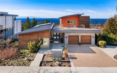 Modern Masterpiece with Spectacular Views in Issaquah