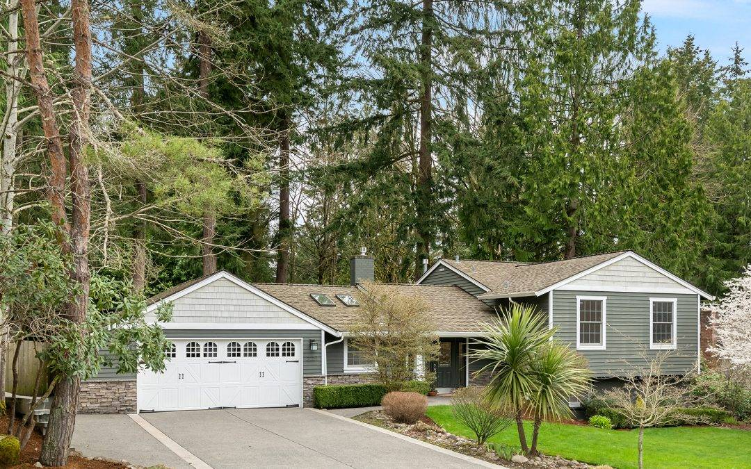 Updated Tam O'Shanter 4 bedroom Home in Redmond